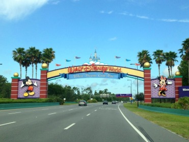 Disney-Arches-Sign
